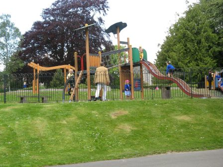 Borough Gardens Play Area